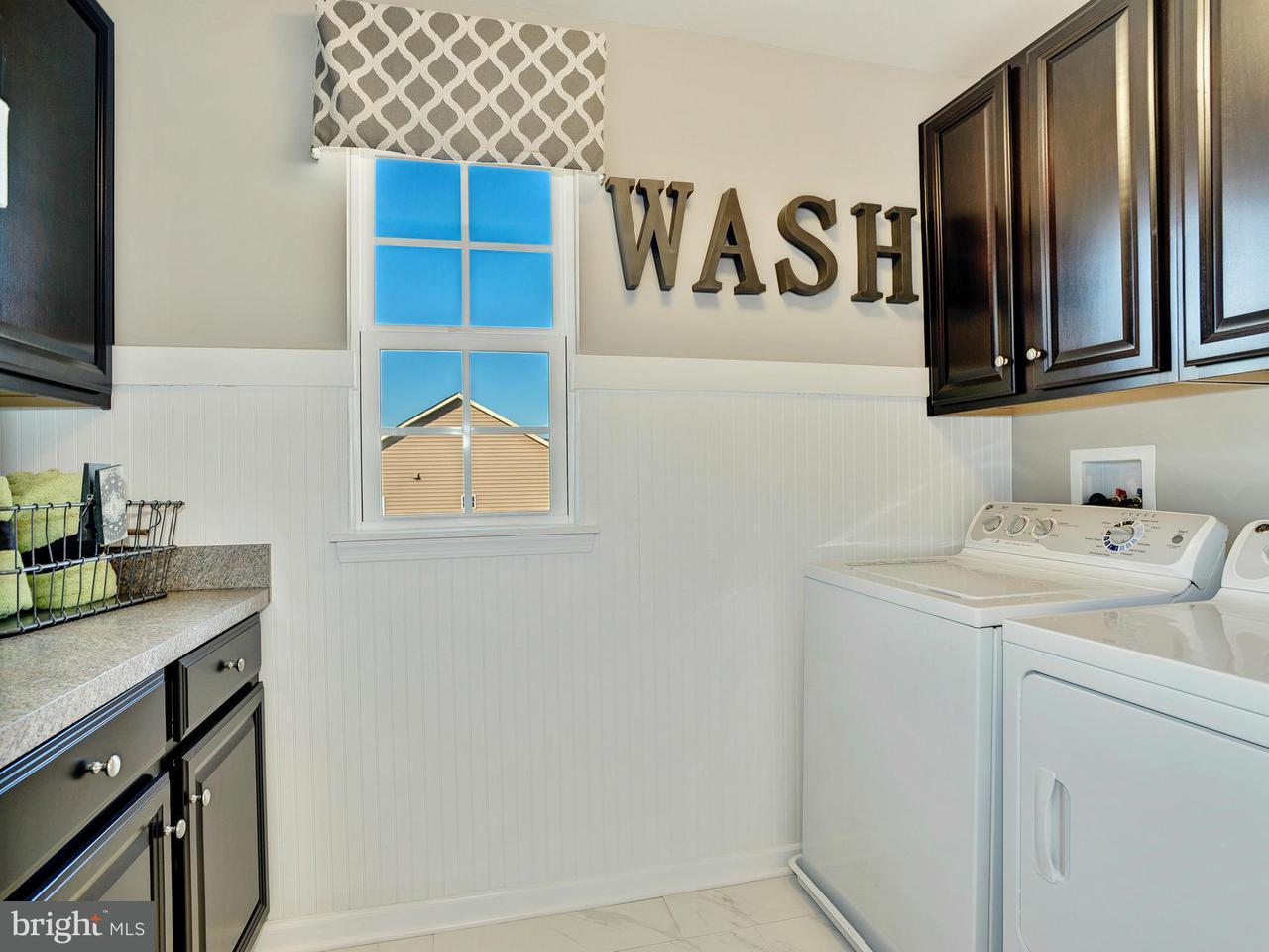 Additional photo for property listing at 14812 SADDLE CREEK Drive 14812 SADDLE CREEK Drive Burtonsville, 马里兰州 20866 美国