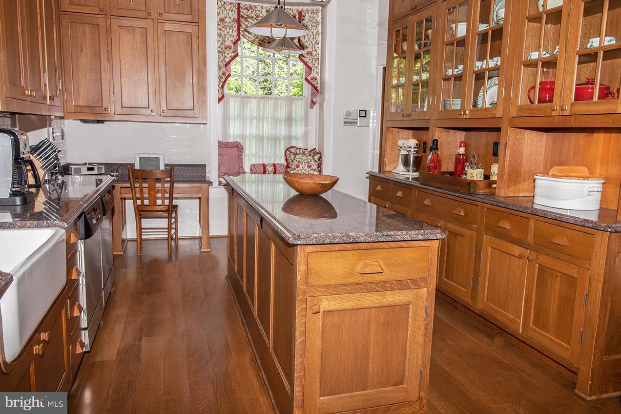 Additional photo for property listing at 445 RANDLESTON Lane 445 RANDLESTON Lane Bluemont, Virginia 20135 Estados Unidos