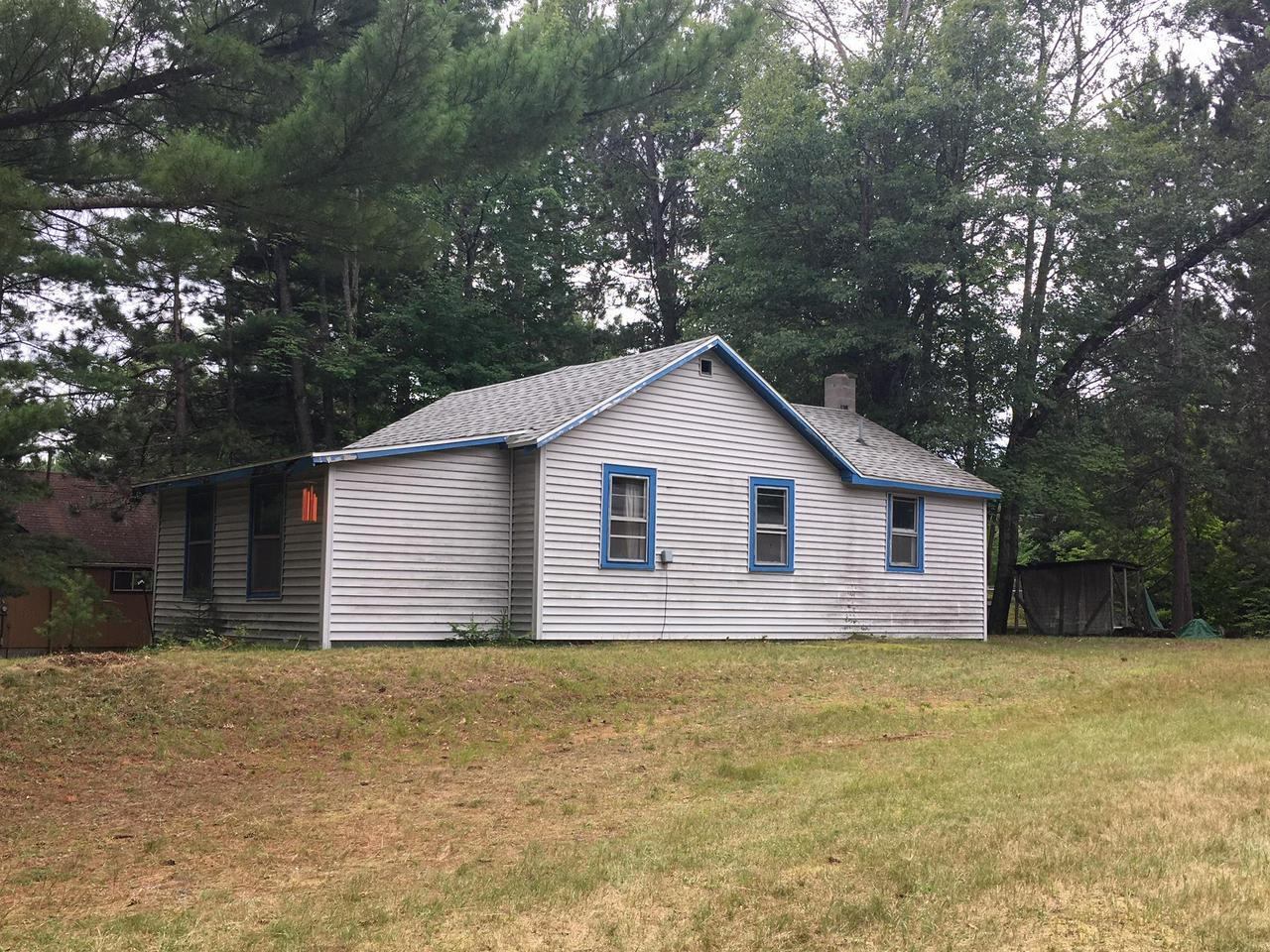 View Single-Family Home For Sale at N12163 Tower rd, Silver Cliff, WI