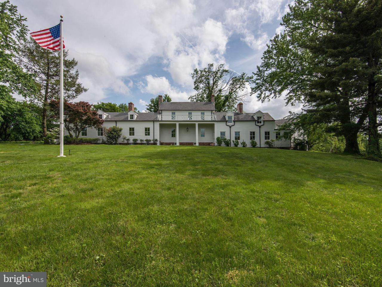 独户住宅 为 销售 在 3020 WEST OX Road 3020 WEST OX Road 奥克希尔, 弗吉尼亚州 20171 美国