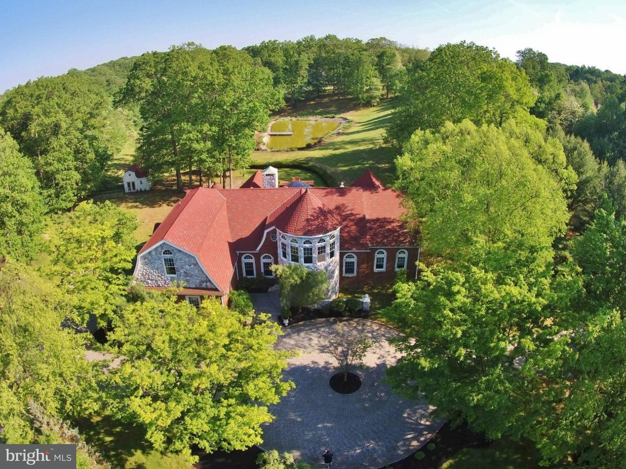 Casa Unifamiliar por un Venta en 14 CHADWICK Road Millstone Township, Nueva Jersey 08535 Estados Unidos