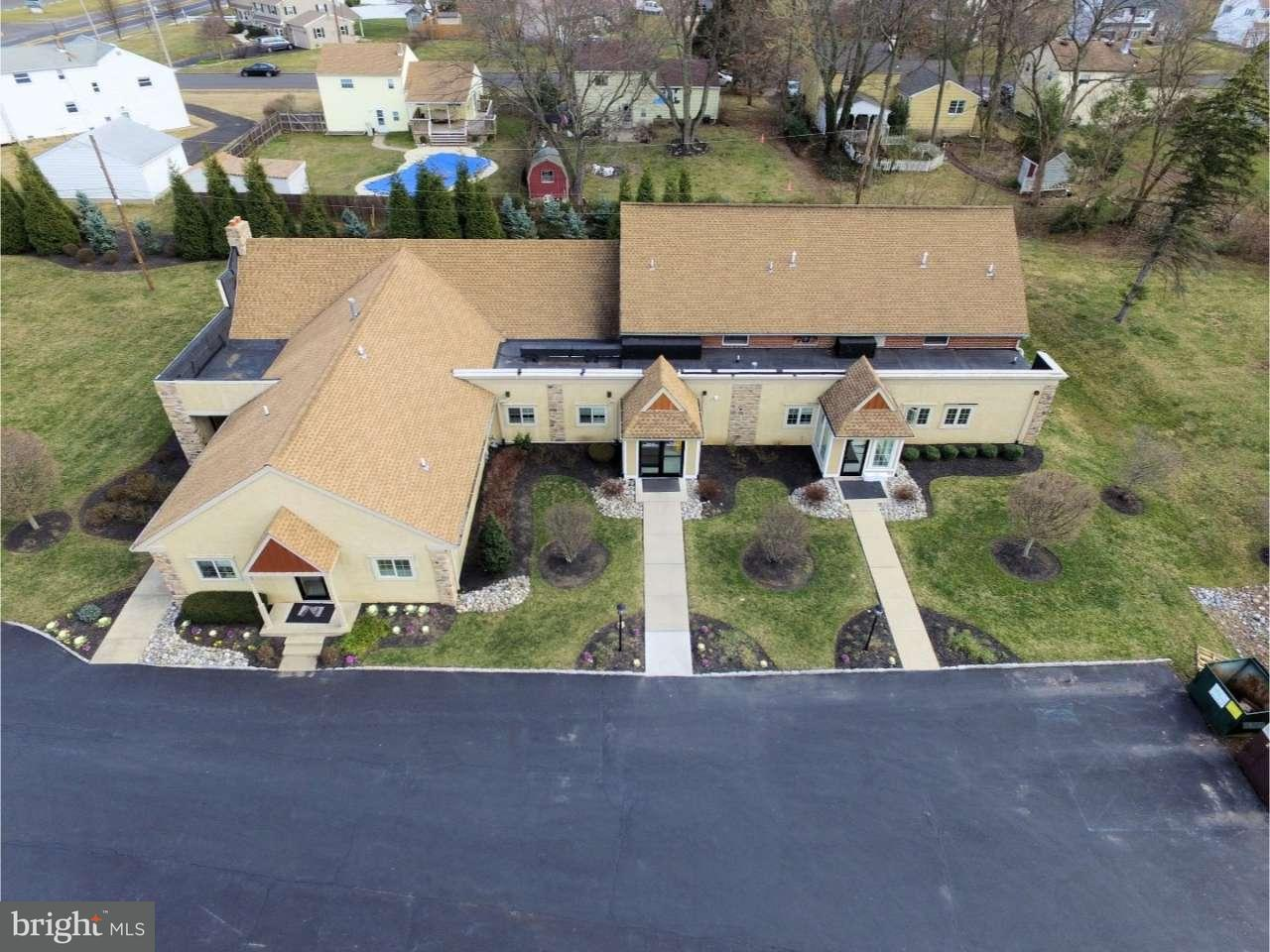 Single Family Home for Sale at 866 W BRISTOL Road Warminster, Pennsylvania 18974 United States