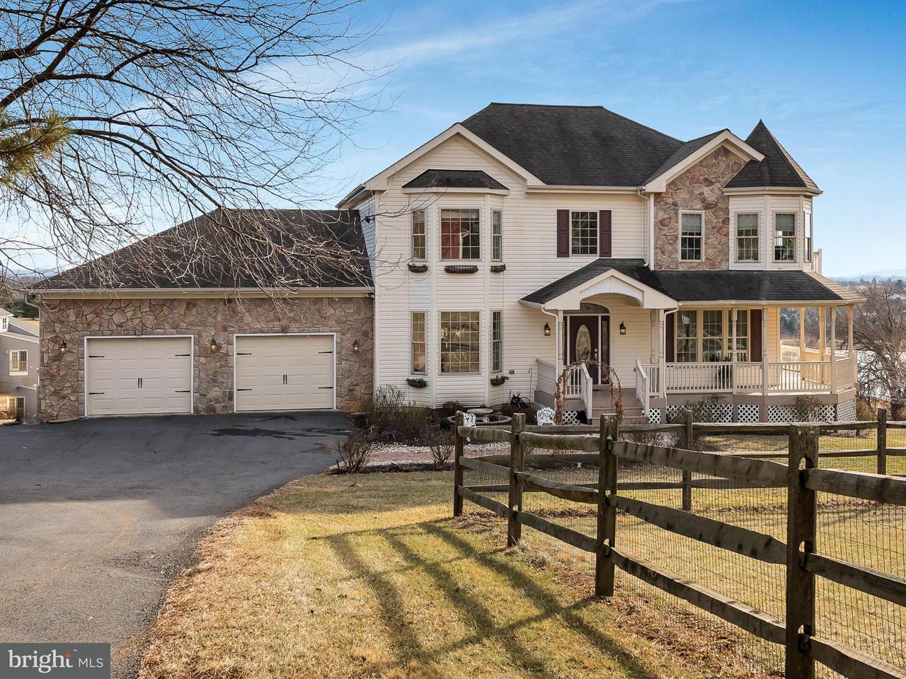 獨棟家庭住宅 為 出售 在 9162 Myersville Road 9162 Myersville Road Myersville, 馬里蘭州 21773 美國