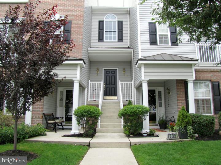 Casa unifamiliar adosada (Townhouse) por un Alquiler en 335 HARBOUR BLVD Cinnaminson, Nueva Jersey 08077 Estados Unidos