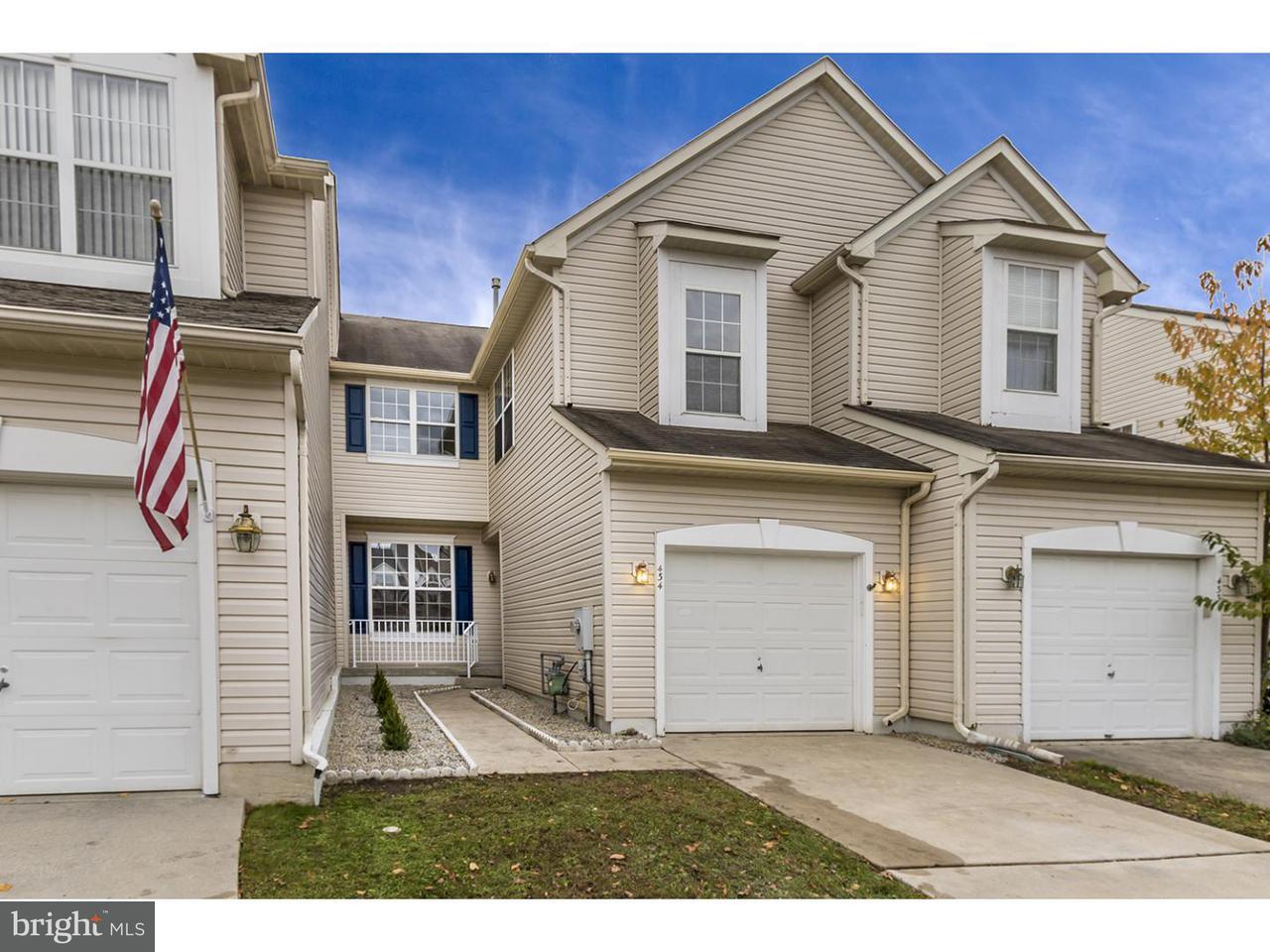 Maison accolée pour l à louer à 434 TUVIRA Lane Cherry Hill, New Jersey 08003 États-Unis