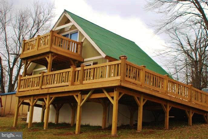 Single Family for Sale at 1063 Overlook Mountain Rd Elkton, Virginia 22827 United States
