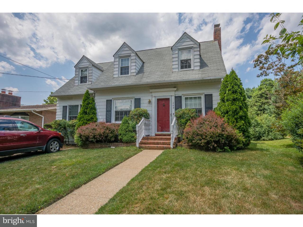 Частный односемейный дом для того Аренда на 249 MANSION Avenue Audubon, Нью-Джерси 08106 Соединенные Штаты