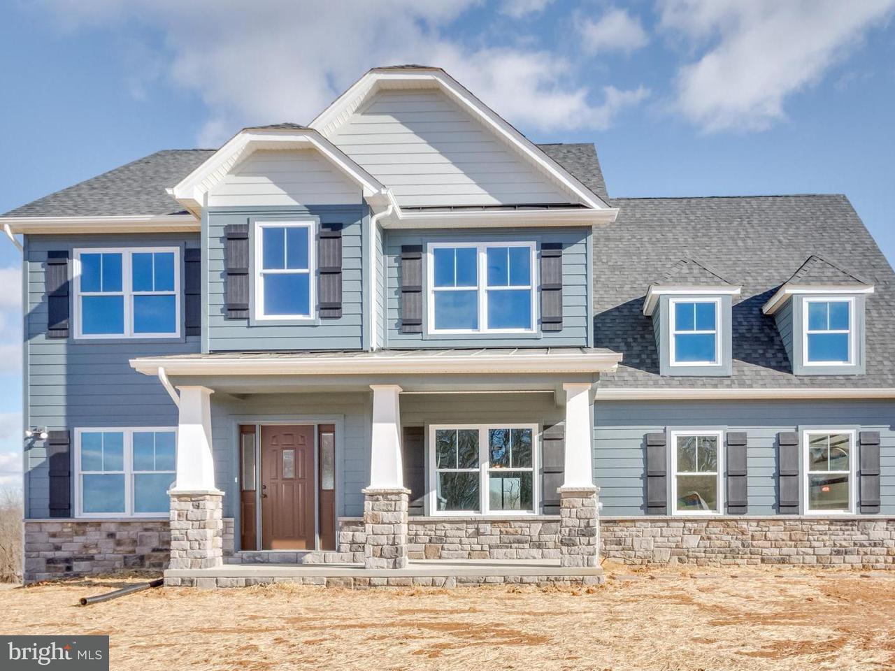 独户住宅 为 销售 在 6897 GREEN HILL FARM Lane 6897 GREEN HILL FARM Lane Shepherdstown, 西弗吉尼亚州 25443 美国