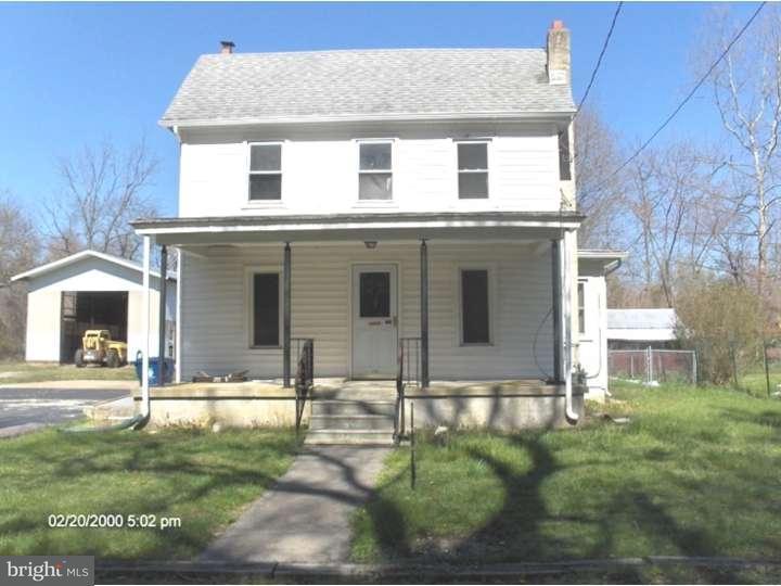Maison unifamiliale pour l Vente à 24 NEW Street Ewan, New Jersey 08025 États-Unis