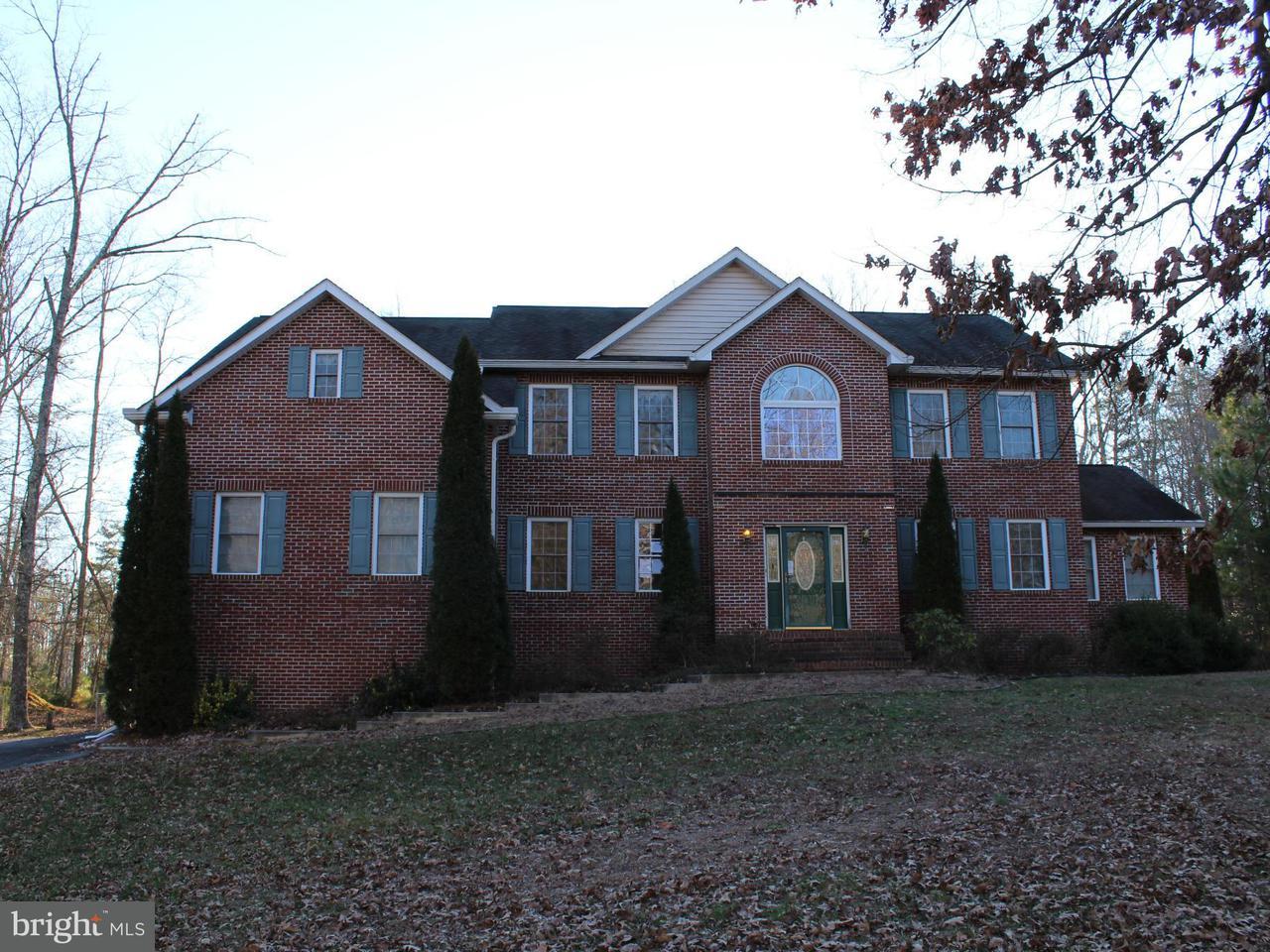 Частный односемейный дом для того Продажа на 6826 BUCKEYE Drive 6826 BUCKEYE Drive Hughesville, Мэриленд 20637 Соединенные Штаты