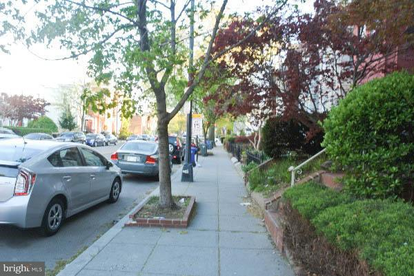 Additional photo for property listing at 1828 13th St NW #1  Washington, District Of Columbia 20009 United States