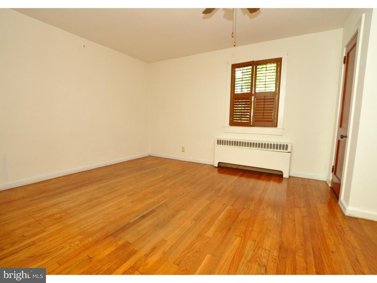 Additional photo for property listing at 156 W CENTRAL Avenue  Moorestown, Нью-Джерси 08057 Соединенные Штаты
