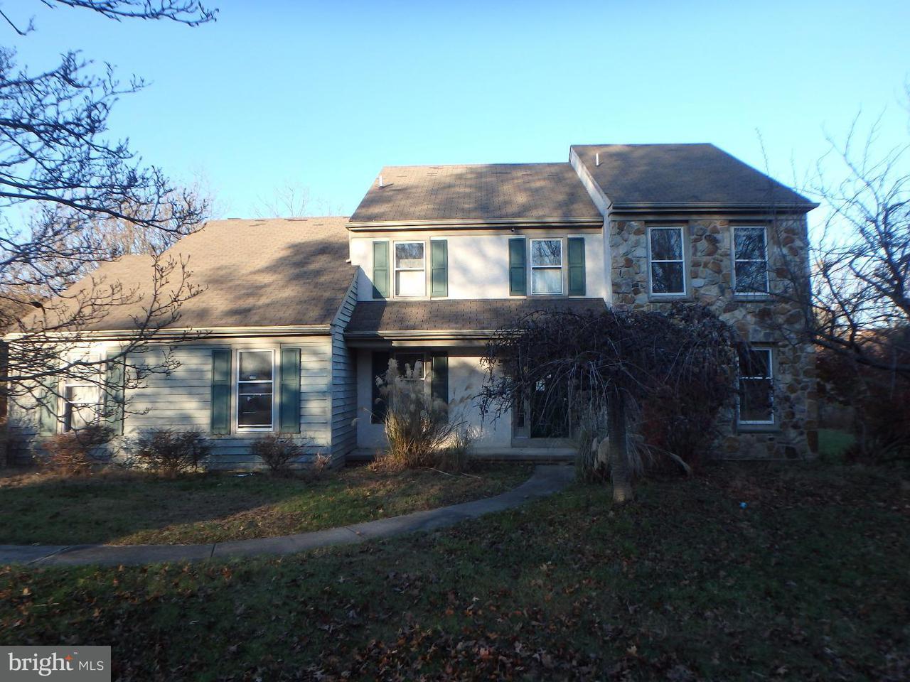 独户住宅 为 销售 在 1004 ARMSTRONG Court Chesterbrook, 宾夕法尼亚州 19087 美国