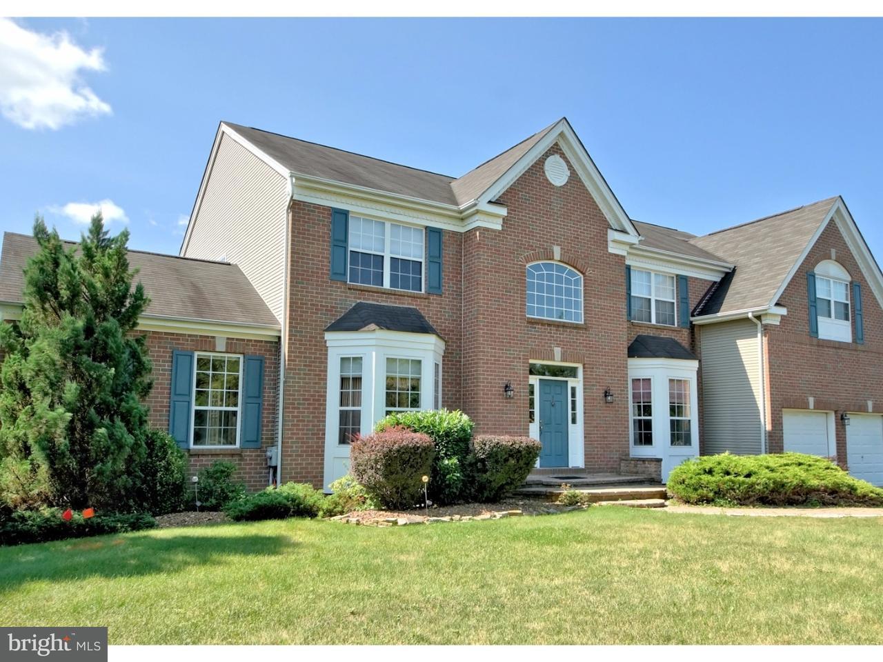 独户住宅 为 销售 在 3 CLIFFWOOD Drive Allentown, 新泽西州 08501 美国在/周边: Upper Freehold Township
