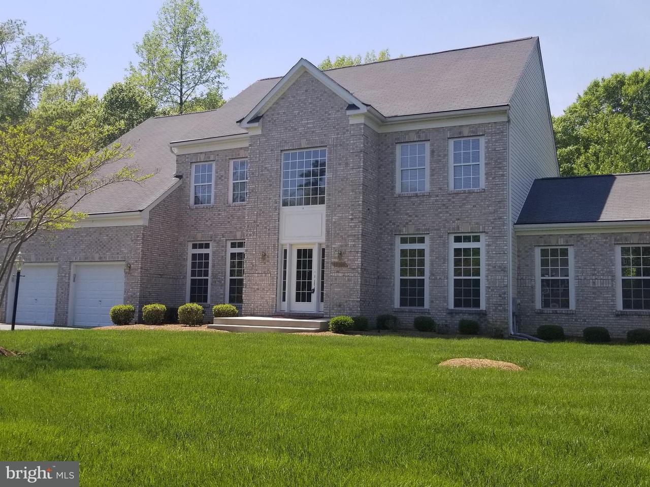 Eensgezinswoning voor Verkoop een t 13701 CHESTNUT OAK Lane 13701 CHESTNUT OAK Lane Brandywine, Maryland 20613 Verenigde Staten