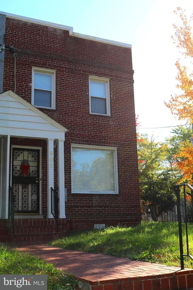 Single Family for Sale at 501 42nd St NE Washington, District Of Columbia 20019 United States