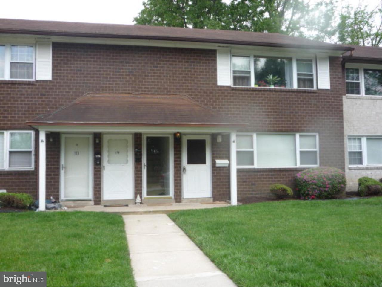 Appartement en copropriété pour l à louer à 810 N FORKLANDING RD #115 Maple Shade, New Jersey 08052 États-Unis