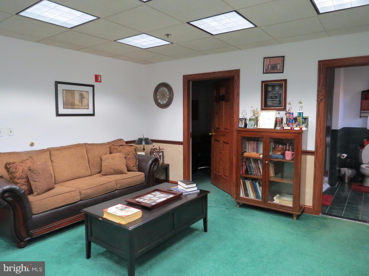 Additional photo for property listing at 13701 OLD JERICHO PARK Road 13701 OLD JERICHO PARK Road Bowie, Maryland 20720 United States
