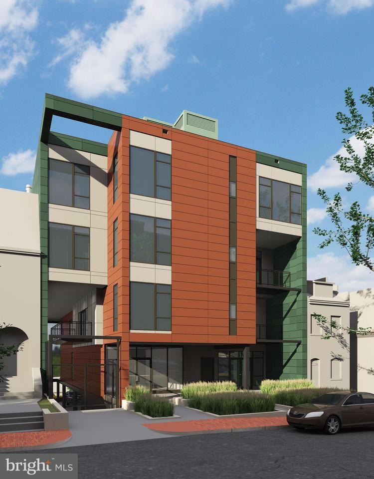 Condominio per Vendita alle ore 1468 BELMONT ST NW #3 EAST 1468 BELMONT ST NW #3 EAST Washington, Distretto Di Columbia 20009 Stati Uniti
