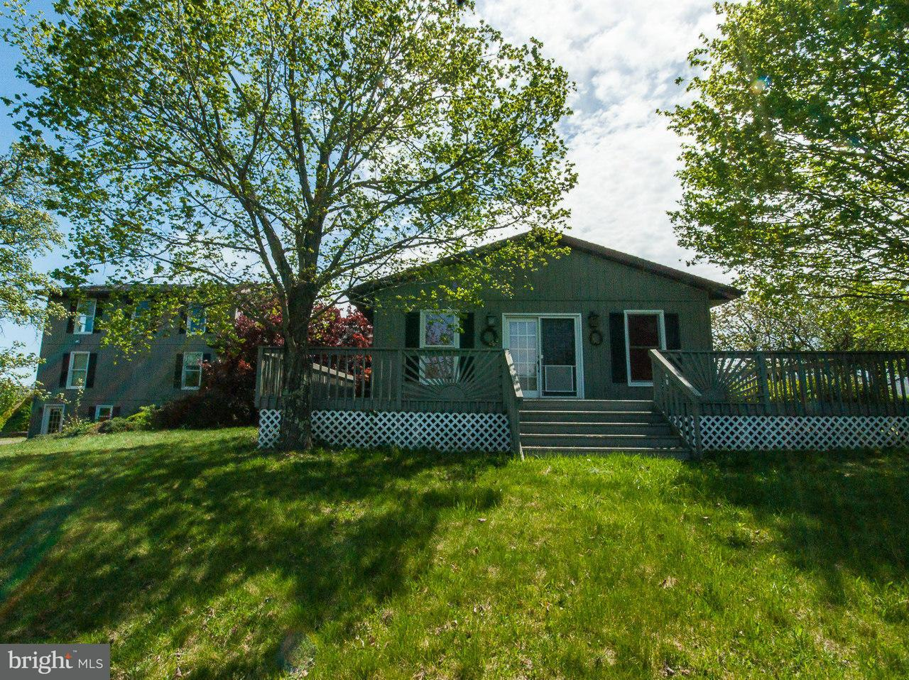 独户住宅 为 销售 在 270 SHADOW VALLEY FARM LANE 270 SHADOW VALLEY FARM LANE 伯克利斯普林斯, 西弗吉尼亚州 25411 美国