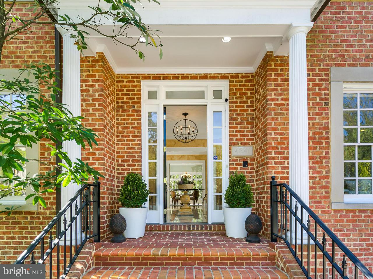 Additional photo for property listing at 4841 FOXHALL CRES NW 4841 FOXHALL CRES NW Washington, District Of Columbia 20007 United States