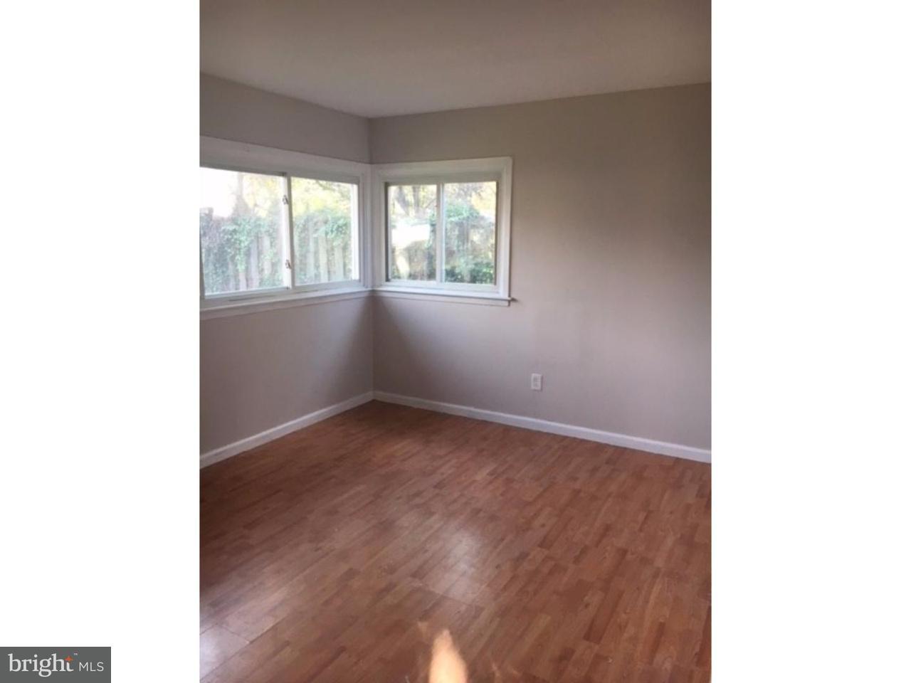 Casa Unifamiliar por un Alquiler en 20 STERLING Lane Willingboro, Nueva Jersey 08046 Estados Unidos