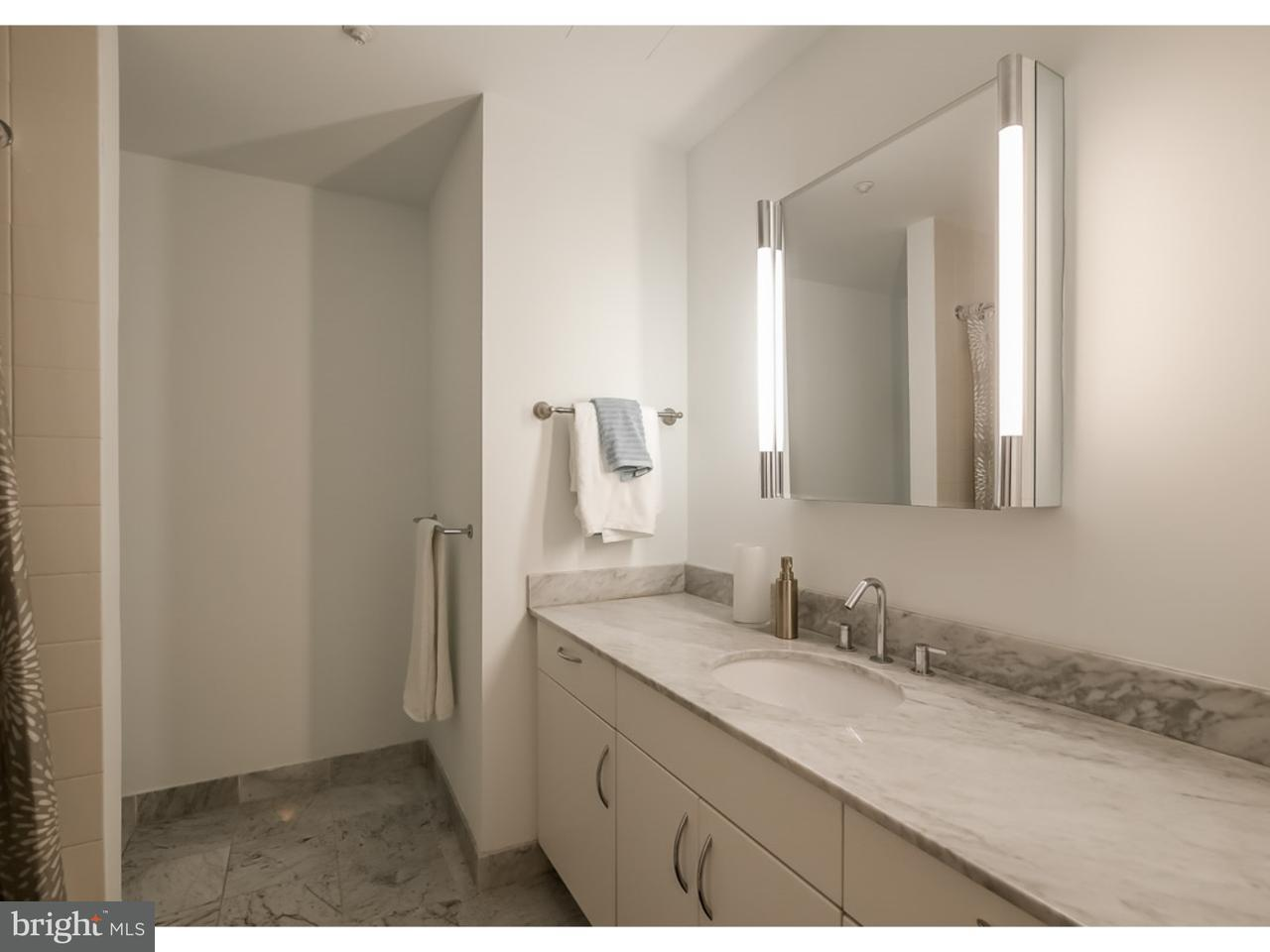 Additional photo for property listing at 219 S 18TH ST #502  Philadelphia, Пенсильвания 19103 Соединенные Штаты