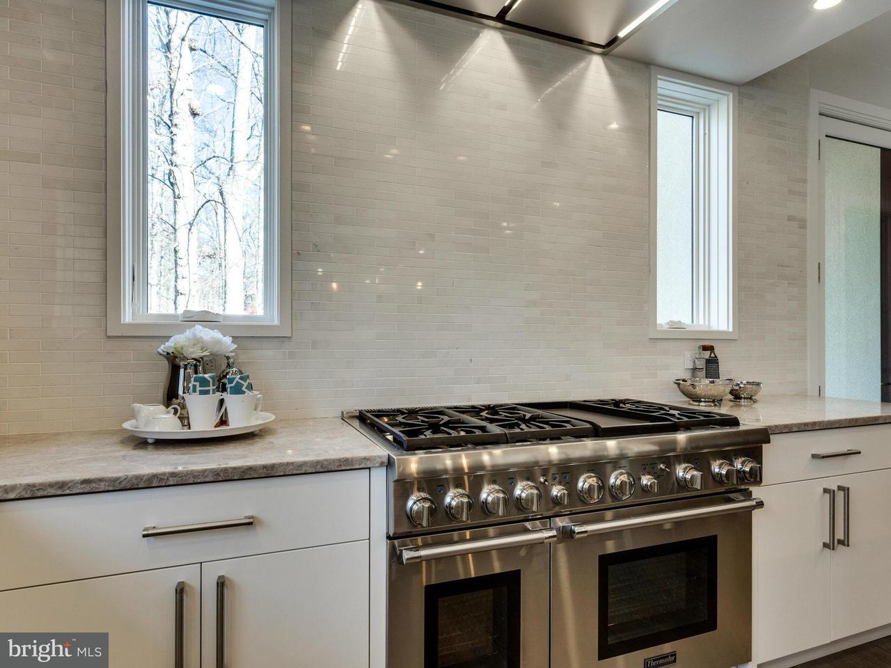 Additional photo for property listing at 8920 BURDETTE Road 8920 BURDETTE Road Bethesda, Maryland 20817 United States