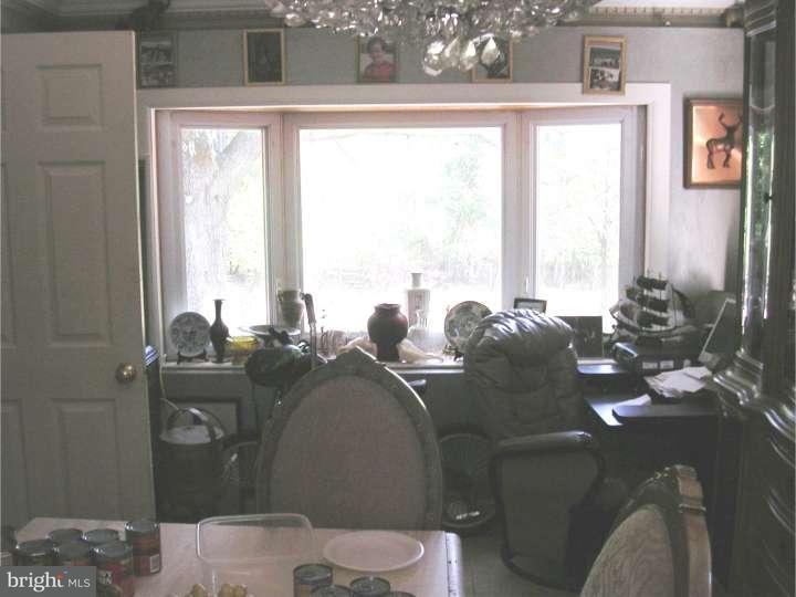 Additional photo for property listing at 300 QUAILRIDGE Road  Clementon, Нью-Джерси 08021 Соединенные Штаты