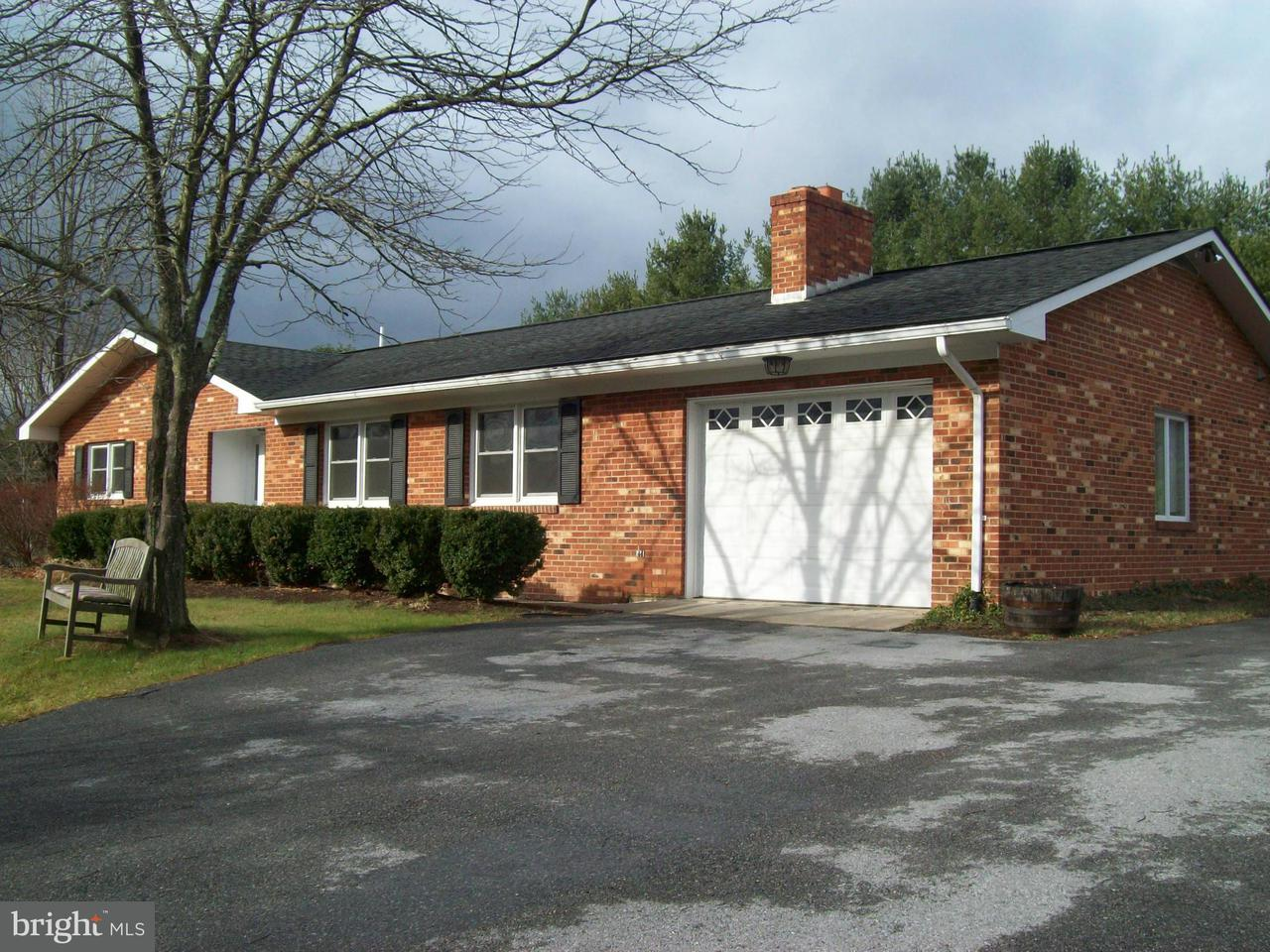 Single Family for Sale at 4995 Fort Valley Rd Fort Valley, Virginia 22652 United States