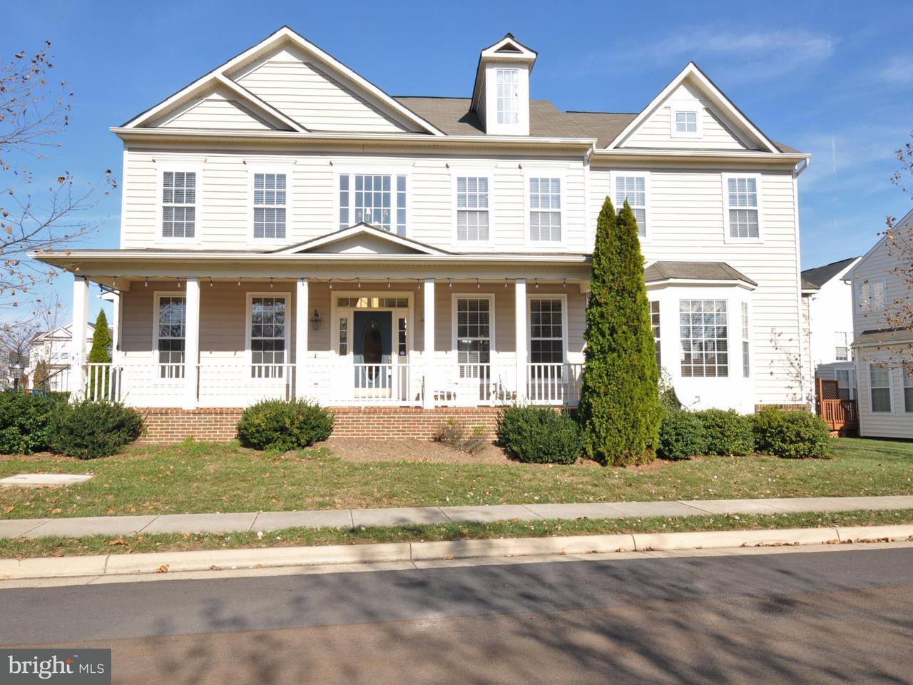 Частный односемейный дом для того Продажа на 43206 ARBOR GREENE WAY 43206 ARBOR GREENE WAY Broadlands, Виргиния 20148 Соединенные Штаты