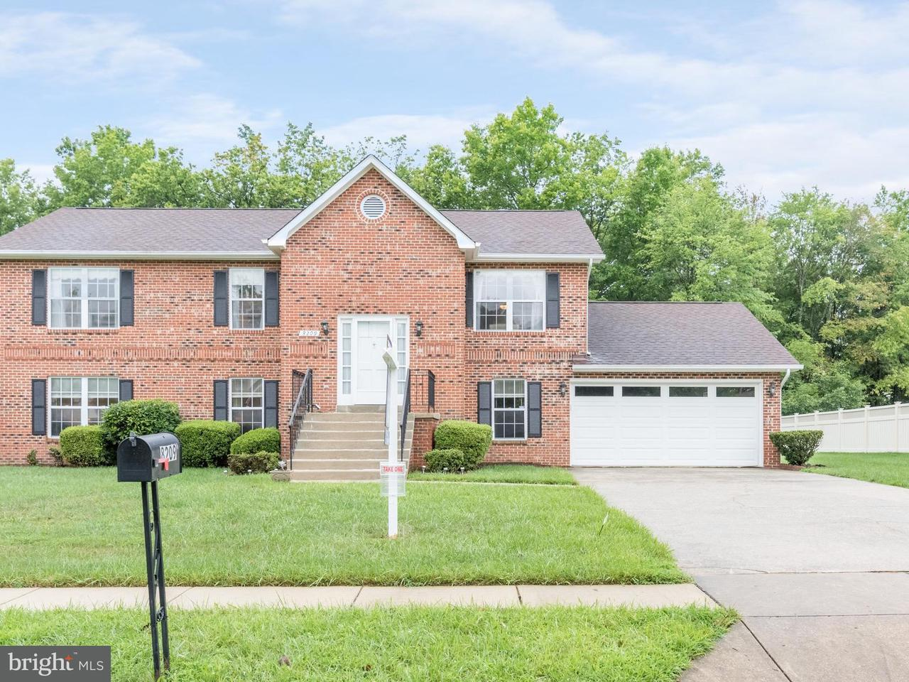 Single Family for Sale at 8209 Joselle Ct Fort Washington, Maryland 20744 United States