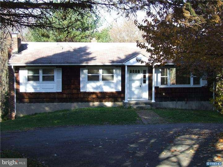 Maison unifamiliale pour l Vente à 536 ROLLING PINES Drive Saylorsburg, Pennsylvanie 18353 États-Unis