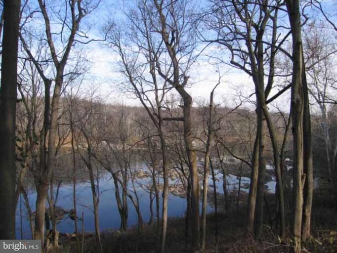 Land for Sale at 7020 Green Oak Drive 7020 Green Oak Drive McLean, Virginia 22101 United States