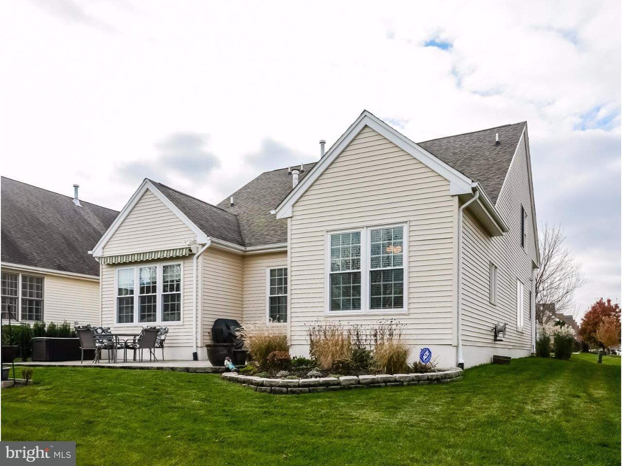 Частный односемейный дом для того Продажа на 8 HANCOCK Place Somerset, Нью-Джерси 08873 Соединенные ШтатыВ/Около: Franklin Twp