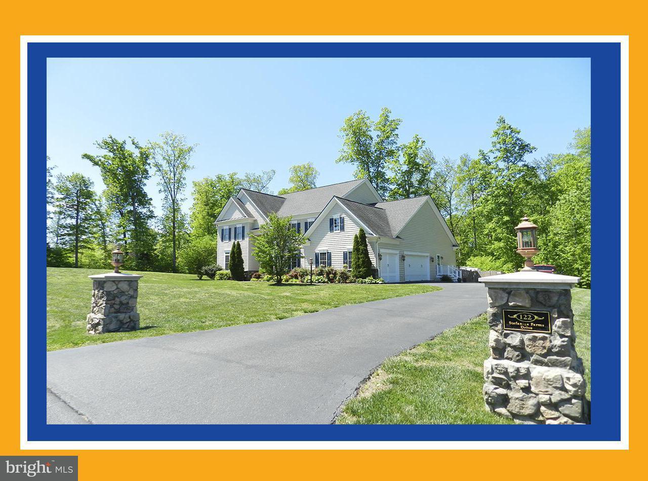 Частный односемейный дом для того Продажа на 122 STEFANIGA FARMS Drive 122 STEFANIGA FARMS Drive Stafford, Виргиния 22556 Соединенные Штаты