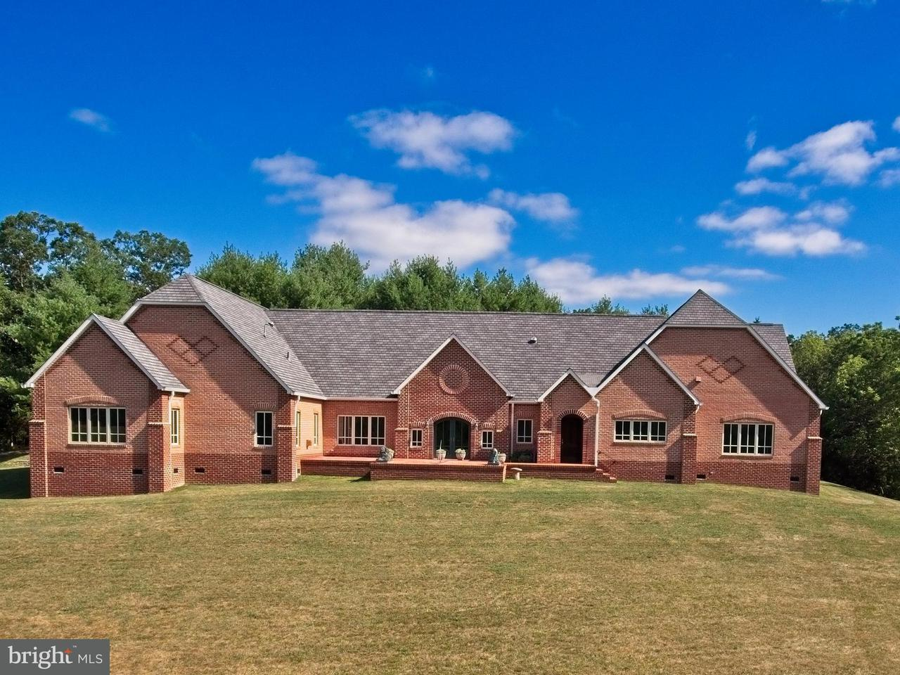 Single Family for Sale at 99 Blackhawk Ln Fort Valley, Virginia 22652 United States