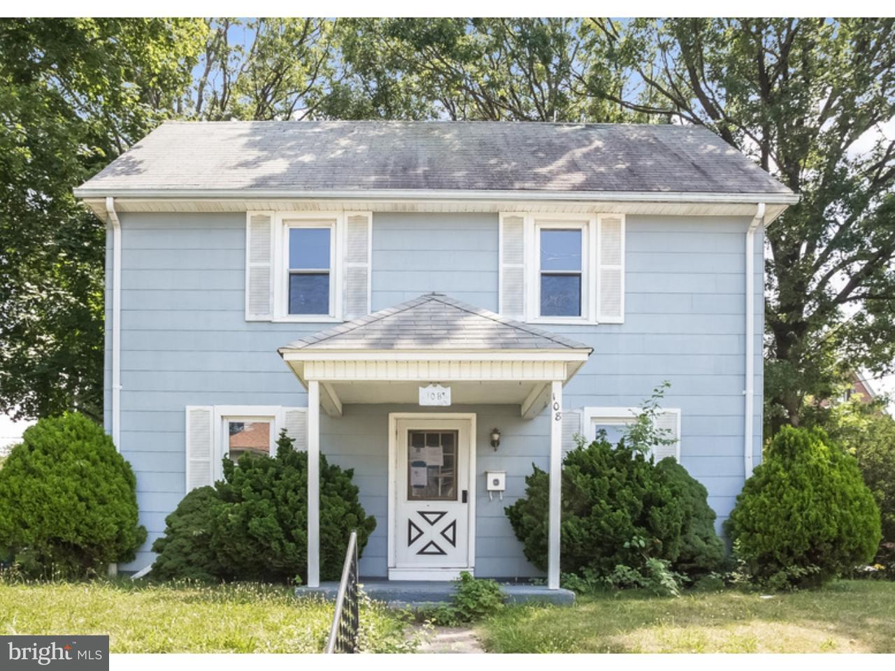 Tek Ailelik Ev için Satış at 108 N WILSON Avenue Brooklawn, New Jersey 08030 Amerika Birleşik Devletleri