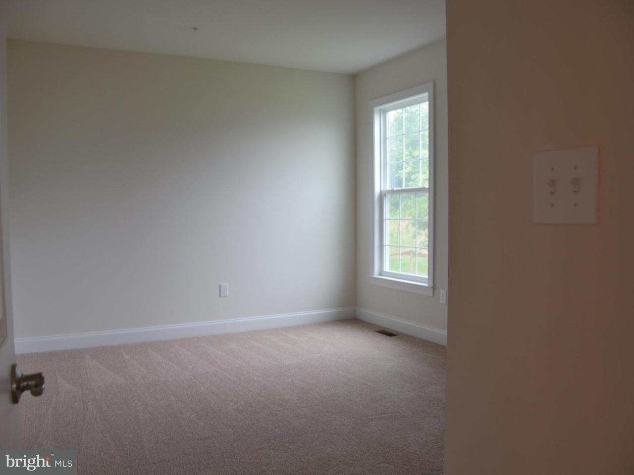 Additional photo for property listing at 15501 OVER LAND Court 15501 OVER LAND Court Aquasco, Maryland 20608 États-Unis
