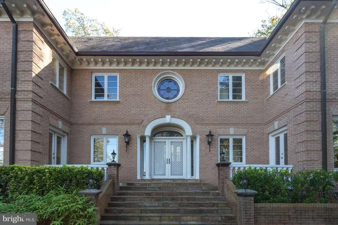Additional photo for property listing at 613 RIVERCREST Drive 613 RIVERCREST Drive McLean, Virginia 22101 United States
