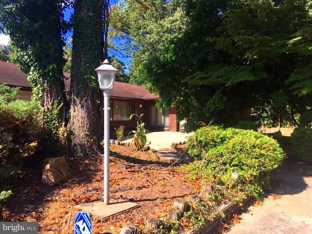 Single Family Home for Sale at 602 E RANDOLPH Road 602 E RANDOLPH Road Silver Spring, Maryland 20904 United States