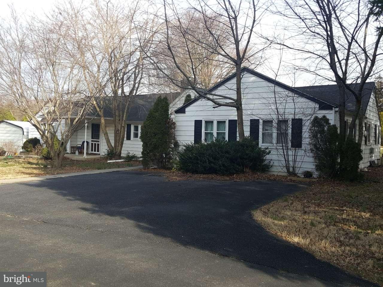 Single Family Home for Sale at 8 GLEN BERNE Drive Newport, Delaware 19804 United States