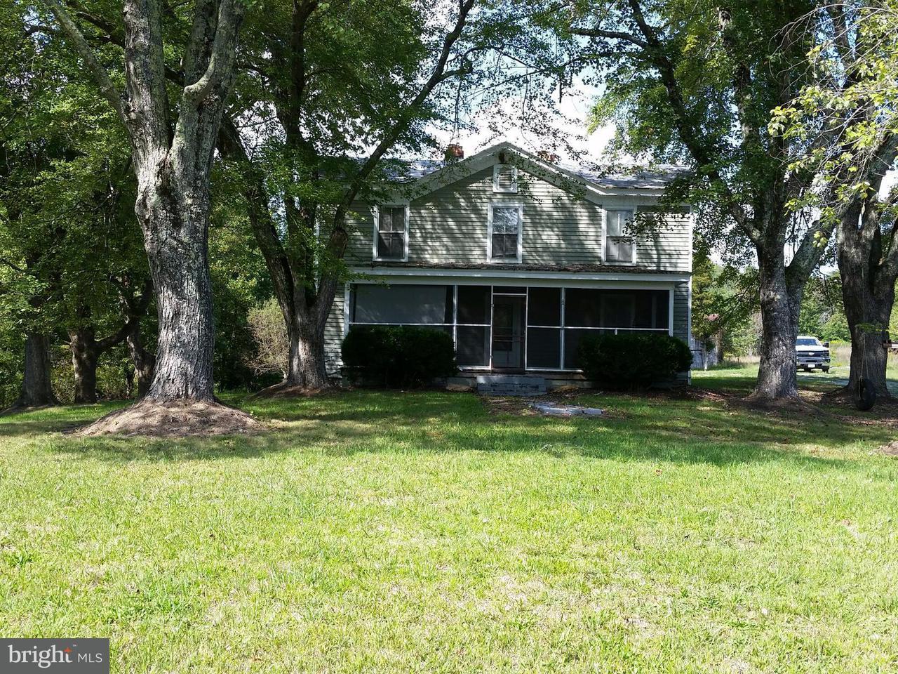 Einfamilienhaus für Verkauf beim 8015 SHANNON HILL Road 8015 SHANNON HILL Road Louisa, Virginia 23093 Vereinigte Staaten