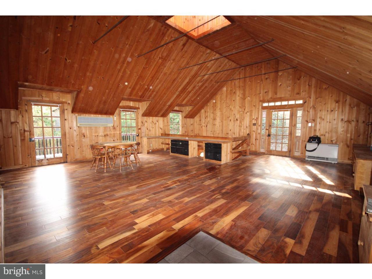 独户住宅 为 销售 在 1651 EMBREEVILLE Road Unionville, 宾夕法尼亚州 19320 美国
