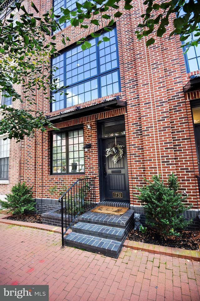 Herenhuis voor Verkoop een t 1731 ALICEANNA Street 1731 ALICEANNA Street Baltimore, Maryland 21231 Verenigde Staten