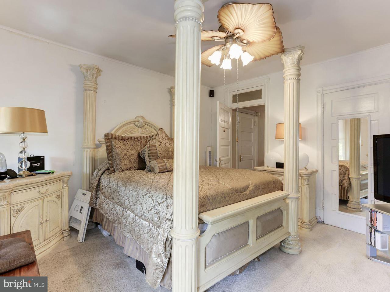 Additional photo for property listing at 304 16th St Se 304 16th St Se Washington, Distrito De Columbia 20003 Estados Unidos