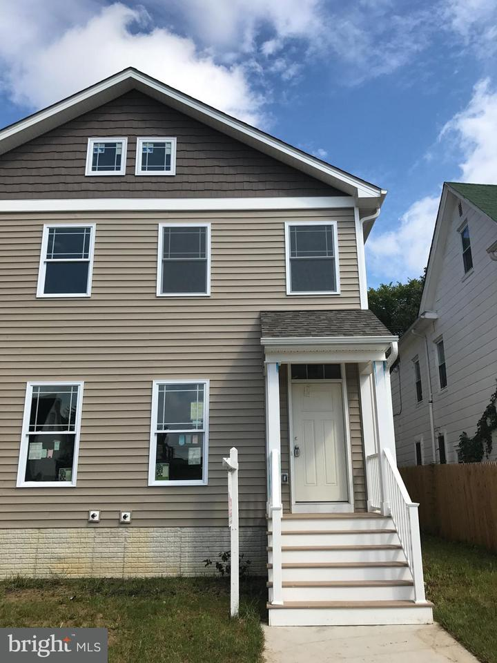 Single Family for Sale at 424 Calvin Ave Baltimore, Maryland 21218 United States