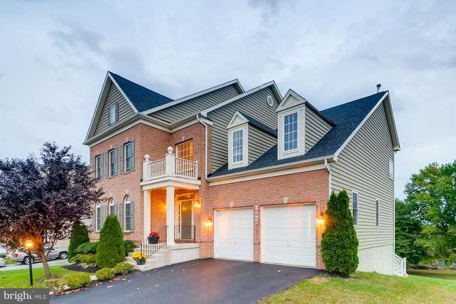 Casa Unifamiliar por un Venta en 10849 NIMROD Road 10849 NIMROD Road Perry Hall, Maryland 21128 Estados Unidos
