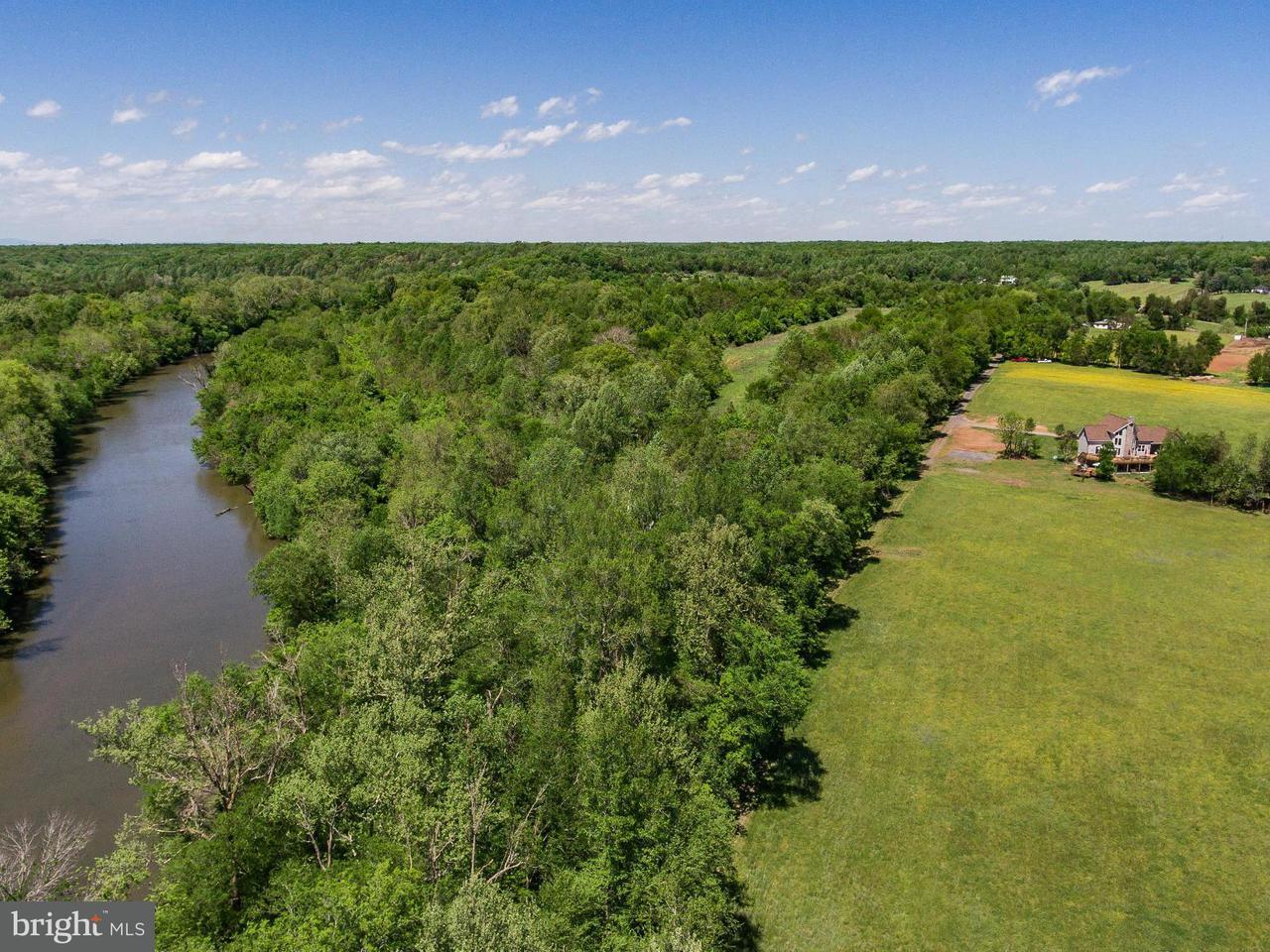 Villa per Vendita alle ore 14725 ROGERS FORD Road 14725 ROGERS FORD Road Sumerduck, Virginia 22742 Stati Uniti