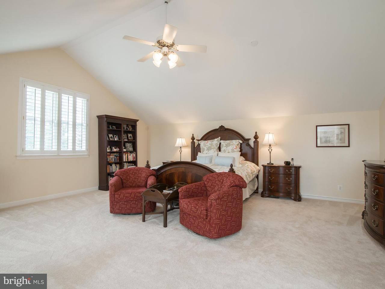 Additional photo for property listing at 214 DONMORE Drive 214 DONMORE Drive Great Falls, Virginia 22066 United States